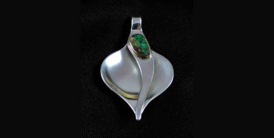 Silver freshwater pearl bracelet
